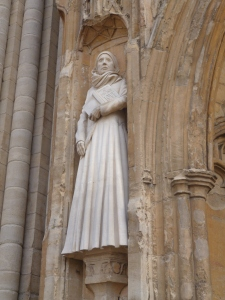 An image of a statue of Mother Julian at Norwich Cathedral